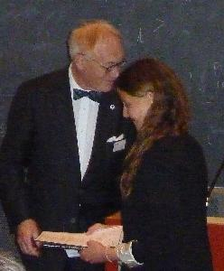 Lars Walløe handing over Diploma to one of the Burgen scholars